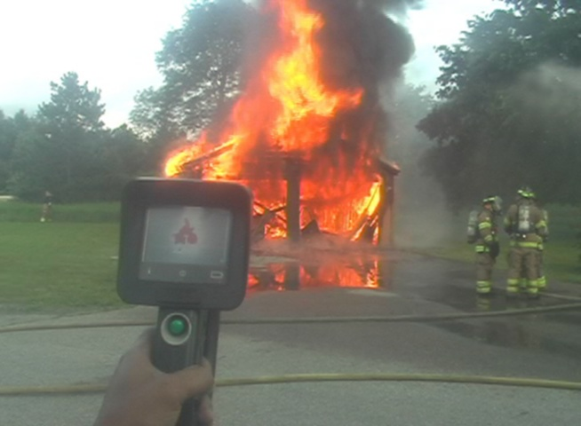 A look at the fire through a thermal imaging camer